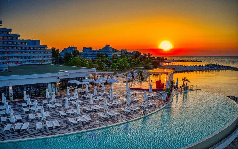 Mera Hotels